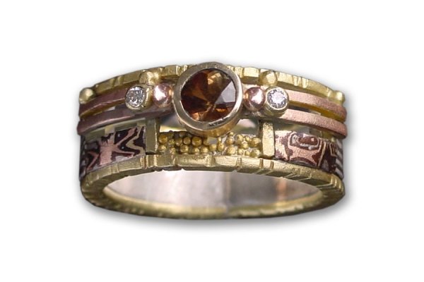 Tunitis Creek Anniversary Band 18K Yellow Gold Mosaic Ring with Andalusite and two diamonds
