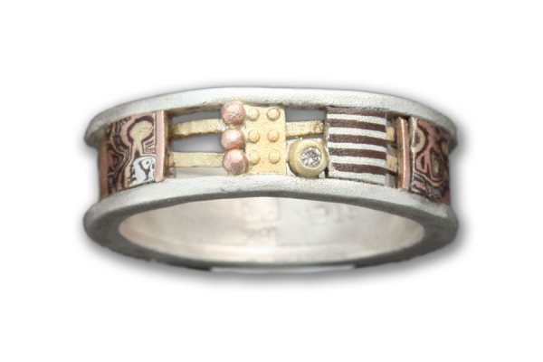 Mixed Metals Davenport Ring with Rose Gold Textured Back and Diamond
